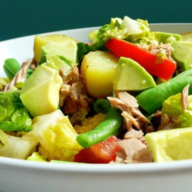 Rosywood avocado Nicoise salad